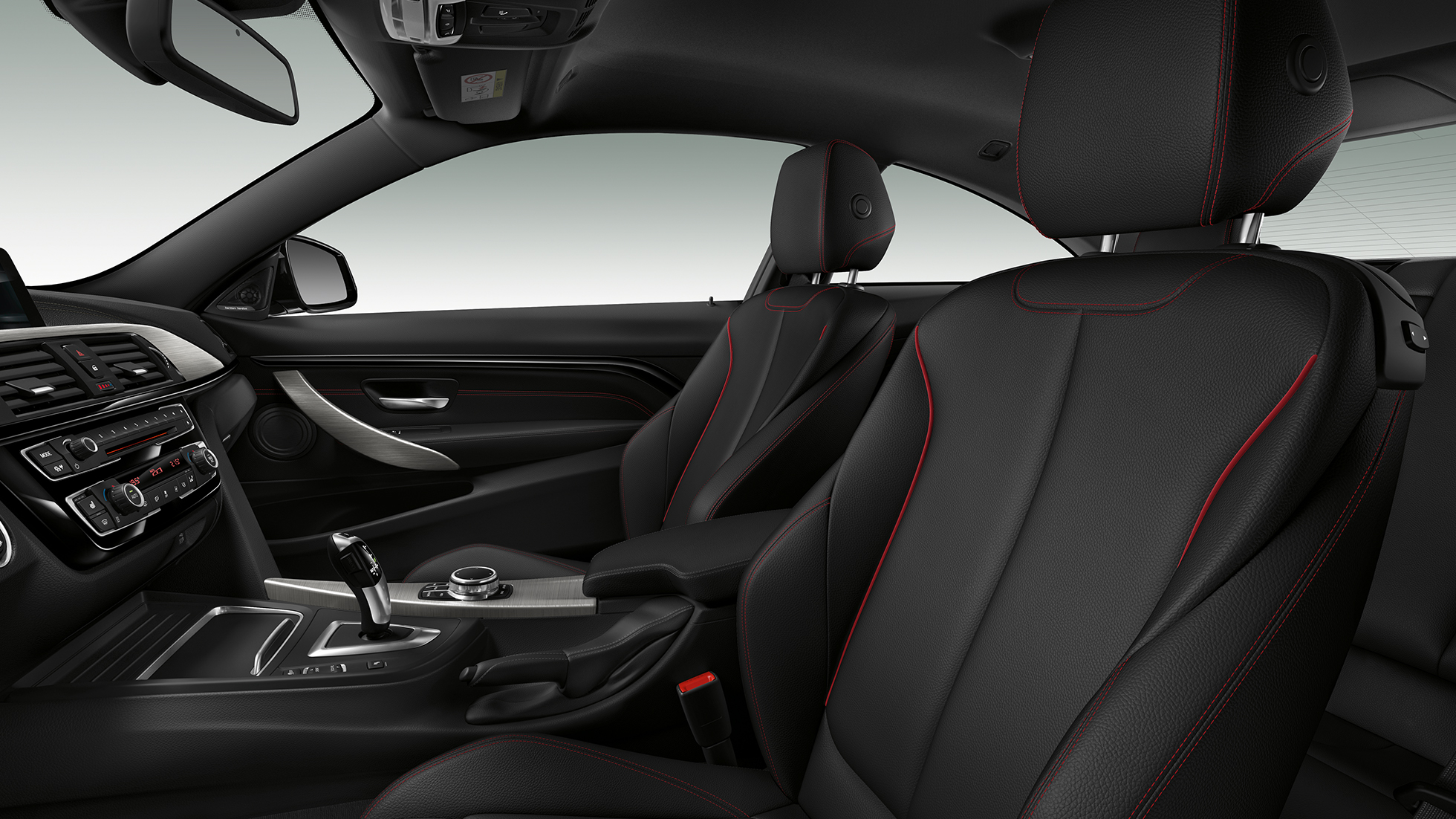 BMW 4 Series Coupé, Model Sport Line interior